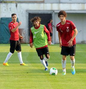 FIFA 20 Yaş Altı Dünya Kupası'na hazırlanan milli takım, grup maçlarını oynayacağı Trabzon'da çalışmalarını sürdürüyor