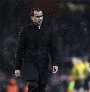 İngiltere Premier League ekiplerinden Everton'da teknik direktörlük görevine Roberto Martinez'i getirdi