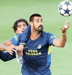 Fenerbahçe'de yeni sezon çalışmaları bir hayli eğlenceli geçerken ilginç olaylar da yaşanıyor