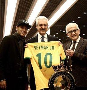 Neymar'a hoş geldin hediyesi