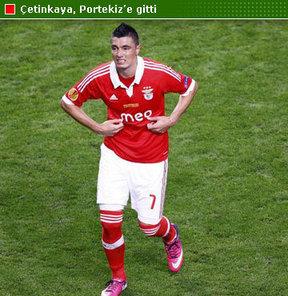 Benfica ile görüşmek üzere Lizbon'a gitti