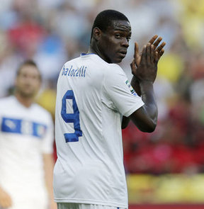 Real, Balotelli'yi istedi ama…