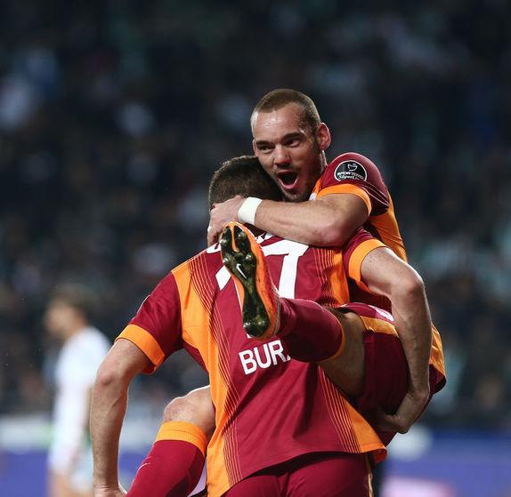 Sneijder'da son dakika gelişmesi