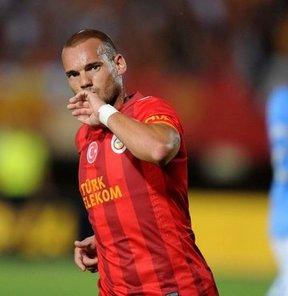 Sneijder'den şok ayrılık