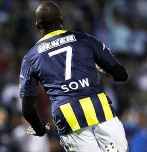 Liverpool ve Arsenal, Fenerbahçe'nin Senegalli golcüsü için 20 milyon Euro'yu gözden çıkarttı.