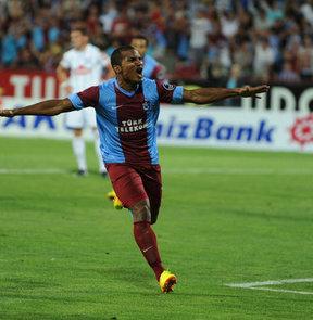 Trabzonspor'un yıldızı Florent Malouda, Çaykur Rizespor maçının ardından açıklamalarda bulundu
