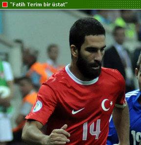 Milli futbolcu Arda Turan, Romanya galibiyeti ardından açıklamalarda bulundu