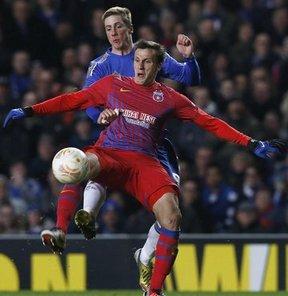 Tottenham, Romanya temsilcisi Steaua Bükreş'in defans oyuncusu Vlad Chiriches ile anlaştı