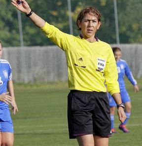 FIFA kokartlı kadın hakem Dilan Deniz Gökçek, 19 Yaş Altı Kadınlar Avrupa Futbol Şampiyonası'nda görev alacak