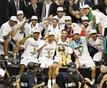 Ve şampiyon Spurs!