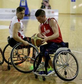 23 Yaş Altı Tekerlekli Sandalye Basketbol Dünya Şampiyonası çeyrek final karşılaşmasında Türkiye, İngiltere'ye 63-53 yenilerek, yarı final şansını kaybetti