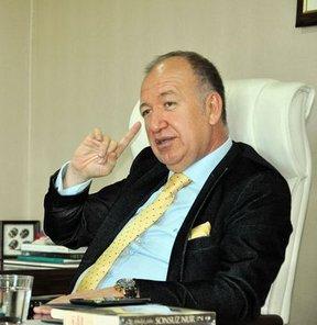 Medical Park Antalyaspor Olağan Genel Kurulu'nda, Antalyaspor Spor Faaliyetleri A.Ş. hissedarlarının yüzde 80'i oranında oy alan Gültekin Gencer, kulübün yeni başkanı oldu