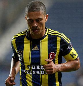 Fenerbahçe'nin efsanesi Alex, locasına da veda ediyor...
